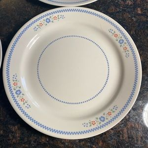 """4 Corelle Embrodiery 10.25"""" Dinner Plates"""